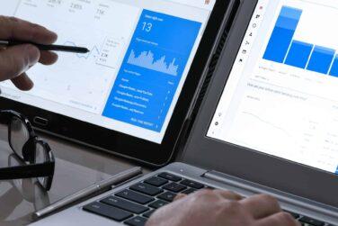 Analiza strony za pomocą narzędzi